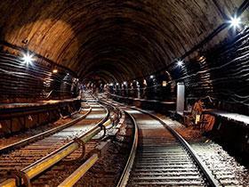 合肥到武汉的铁路隧道(上海局管内)